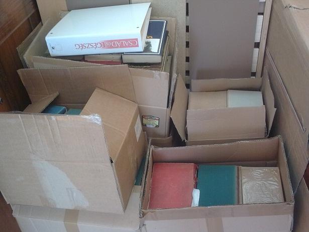 Ez már helytelen pakolás a dobozokba.