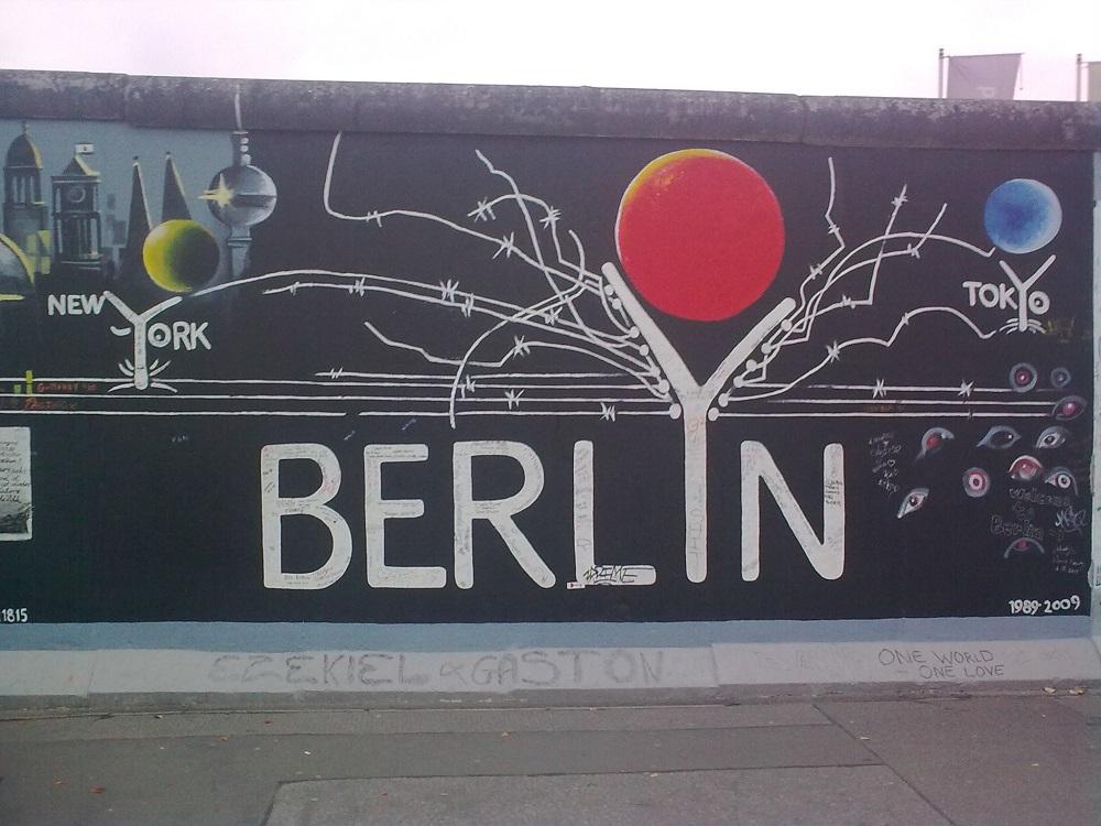 Németországi költöztetés. A Berlini fal.